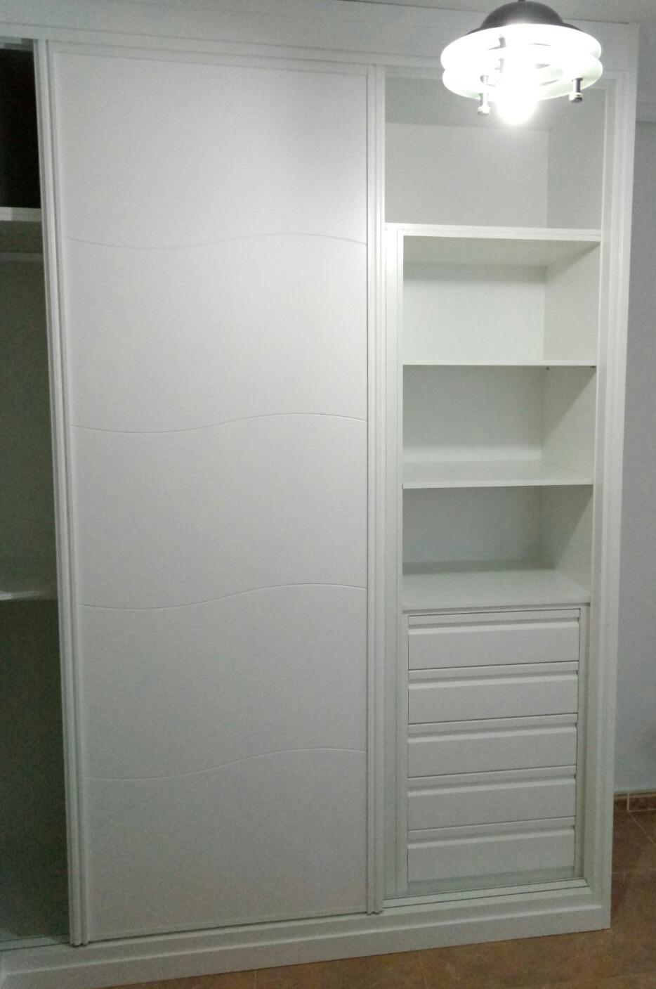 interior armario luis patiño